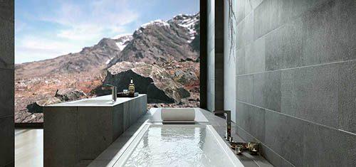Roomality Bathtub View